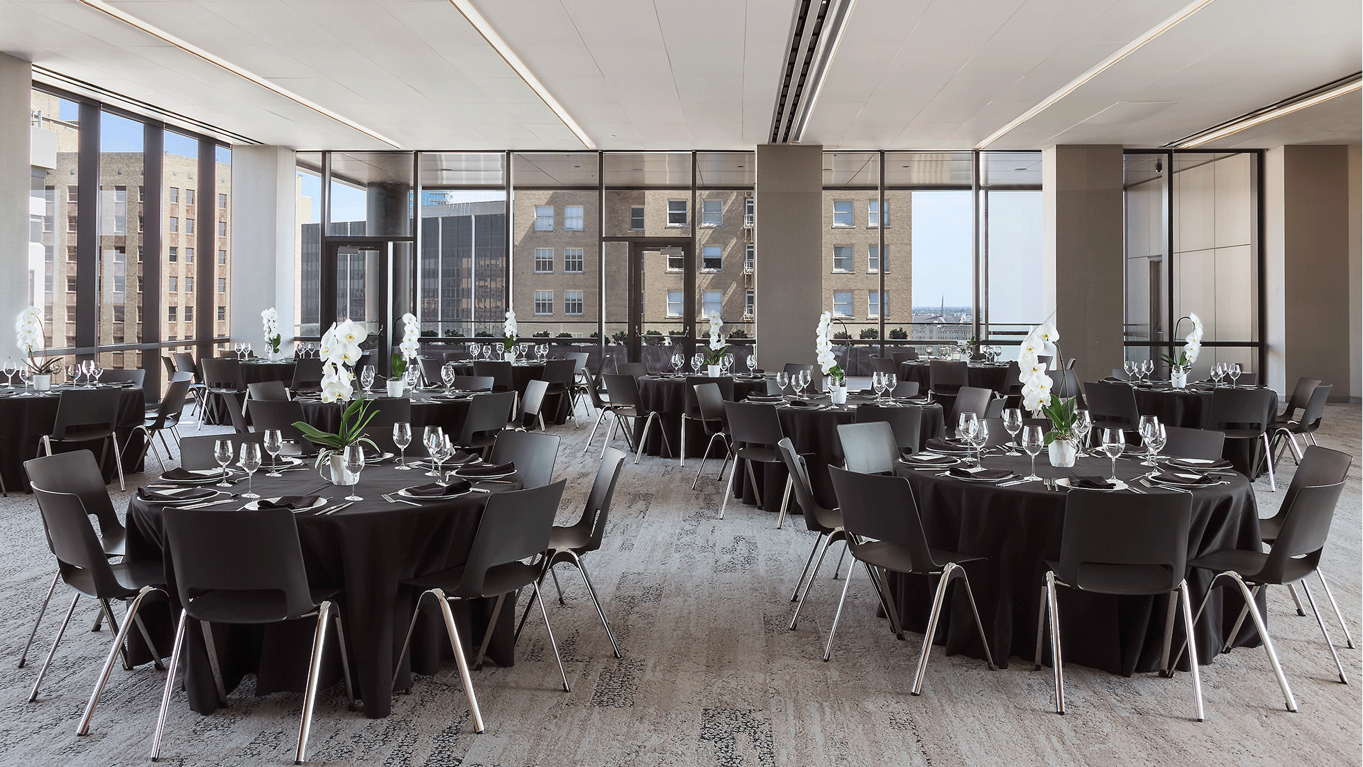 Anthracite Dining in the PalmWood Event and Conference Center | Best Venues in Fort Worth | Event Venue Fort Worth